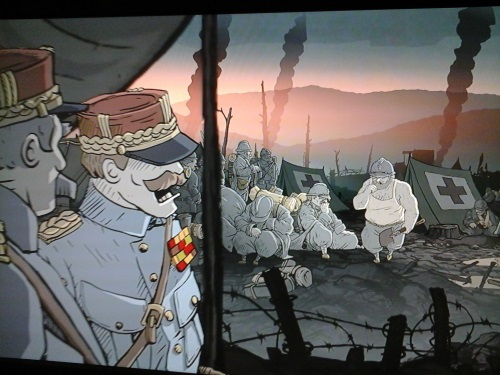 Der Grafikstil zeichnet glaubwürdige Stimmung. Als französische Offiziere im April 1917 ihre geschundenen Soldaten zum Angriff auf Chemin Des Dames antreiben, endet der Angriff mit massenhaftem, grauenerregendem und sinnlosem Tod. (Abb.: eigener Screenshot PS3)