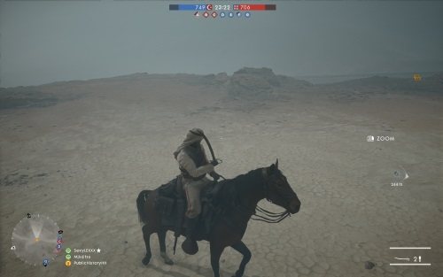 Insbesonder wenn das Wetter umschwingt, wie hier zu einem Sandsturm in der Wüste Sinai, entpuppen sich die schnellen Pferde als taktisch enorm wichtiges Transportmittel - und einen Säbel gibt es für den Nahkampf noch dazu. (Abb.: eigener Screenshot, PC)